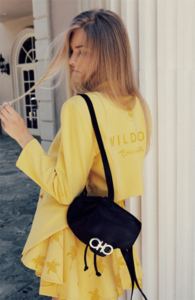 wildfox_couture_campaign_clueless_mark_hunter_cobra_snake_fashion_lookbook_yellow_18es1dt-18es1f9
