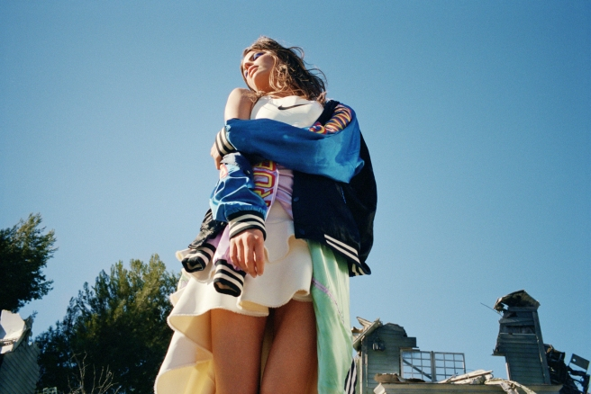 Cameron Russell by Theo Wenner (re-Fashion Destruction - Purple #19 Spring-Summer 2013) 2