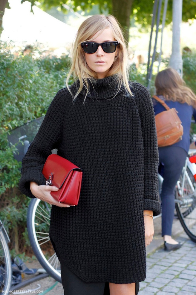 Le-Fashion-Blog-Copenhagen-Street-Style-Emma-Elwin-Ray-Ban-Wayfarers-Oversized-Turtleneck-Sweater-Red-Clutch-Via-Malmo-Street-Style.jpg~original