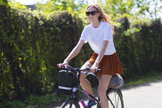 copenhagen-bike-fashion-week-street-style-14